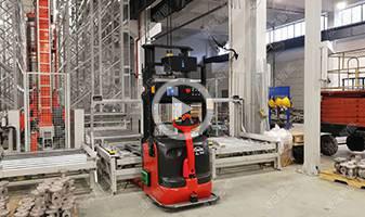 重庆川仪自动化仪表厂,林德AGV叉车改造流搬运解决方案,材料入库、成品出入库及产线半成品流转,工厂MES系统自动下达搬运指令