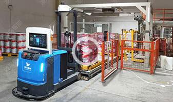 平衡重式叉车AGV,AGV小车与立体仓库输送线自动对接,