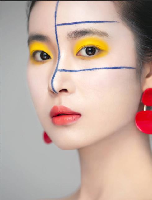 化妆行业怎么样?有让你学习无忧的化妆培训学校吗?